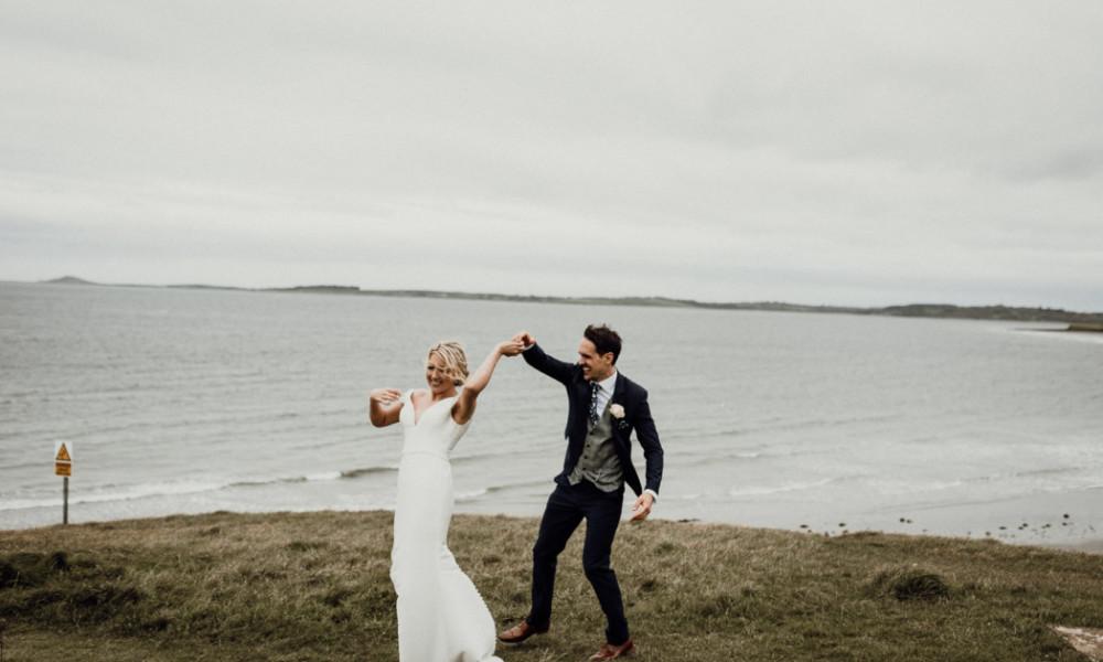 Sneak Peek of Laura & Con's Wedding At Radisson Blu Hotel